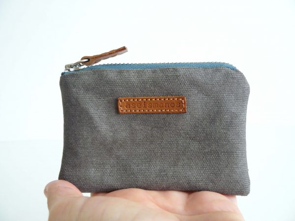 Grey and teal coin purse front
