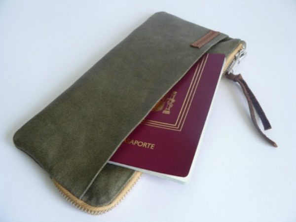 olive canvas wallet