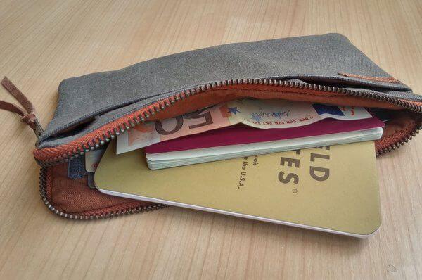 travel wallet interior aseismanos