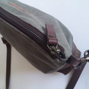 Crossbody day bag grey waxed canvas 5 zipper view
