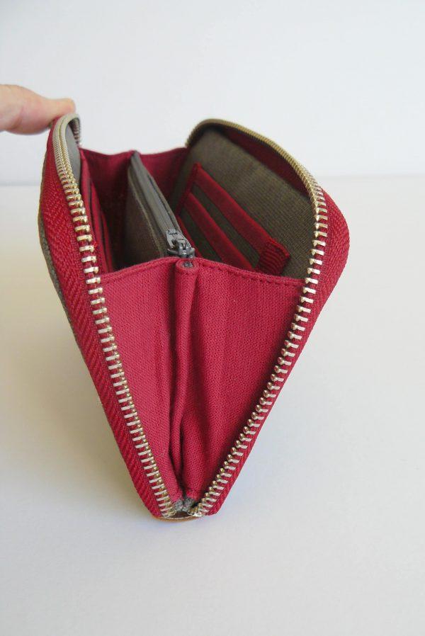 wallet side