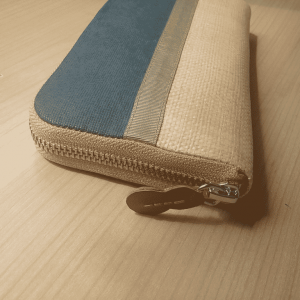 side view of wallet