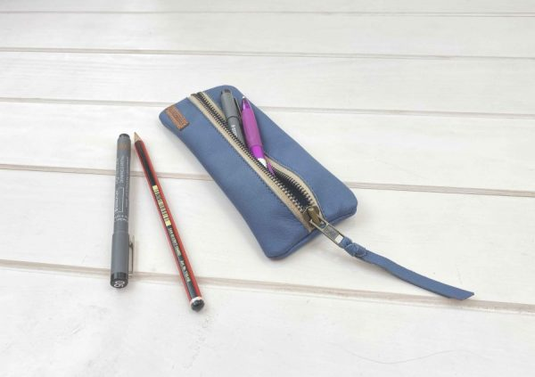 blue-leather-pencil-case-capacity