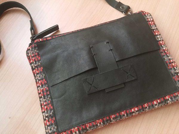Vista detalle bolso tartán aseismanos