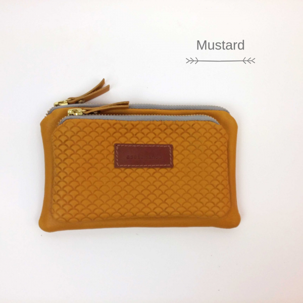 mustard front view