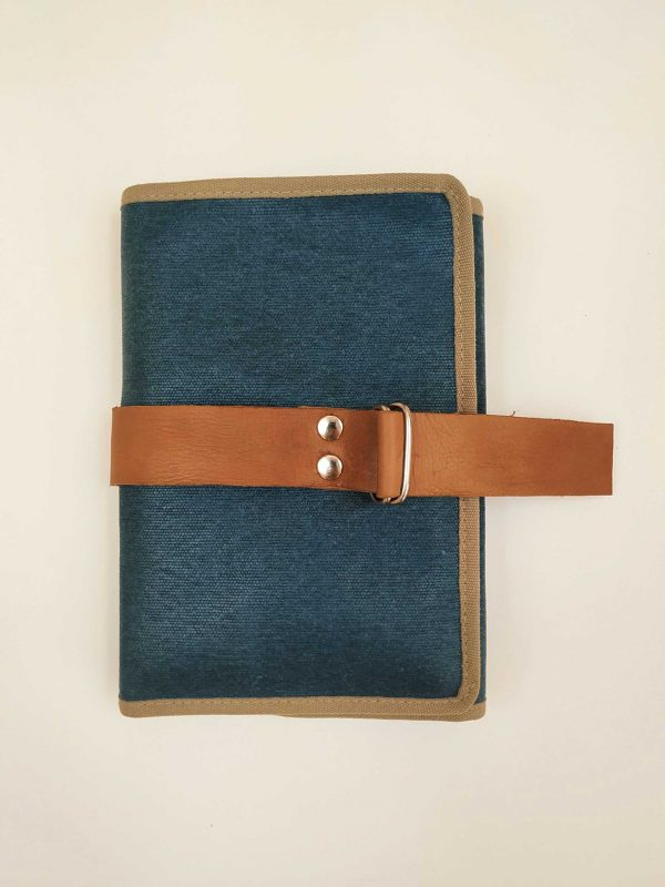closed stationery case