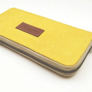 monedero aseismanos grande amarillo mostrando color cremallera